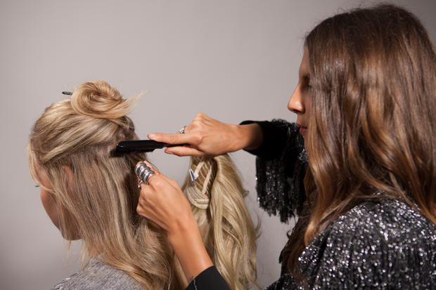 Clip In Hair Extensions Partyfrisuren • WOMAN AT