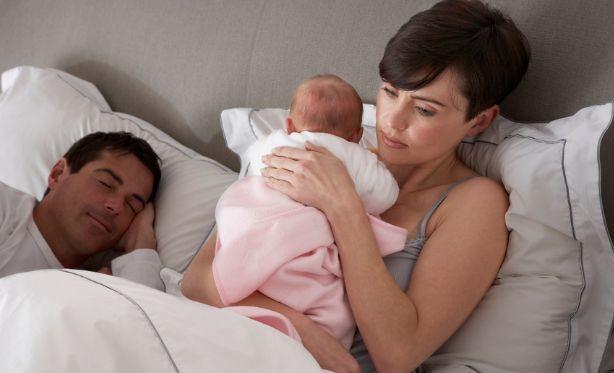 Мамы менее счастливы, чем папы