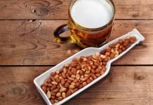 Пиво и солёный арахис - лучший перекус после занятий спортом?