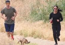 Роберт Паттинсон и FKA Twigs на прогулке с собакой в Малибу