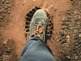 Как почистить обувь и при этом не испортить её
