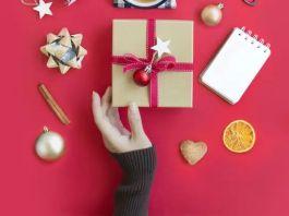 Во что завернуть новогодние подарки? 4 альтернативы упаковочной бумаги