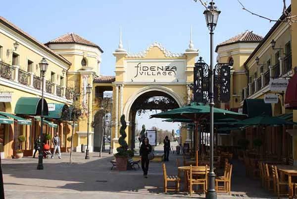 fidenza_village