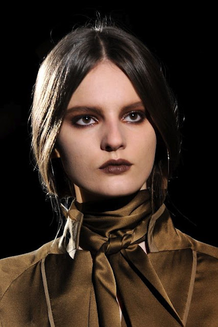 Givenchy-winter-2012-brown-smoky-eye-1