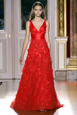 2012-07-04-19-19-35-zuhair-murad-fall-winter-2013-061