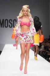 Moschino+Spring+2015+NwdOEFYVE-pl