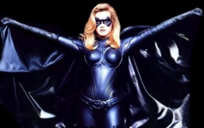 alicia-silverstone-in-batman-