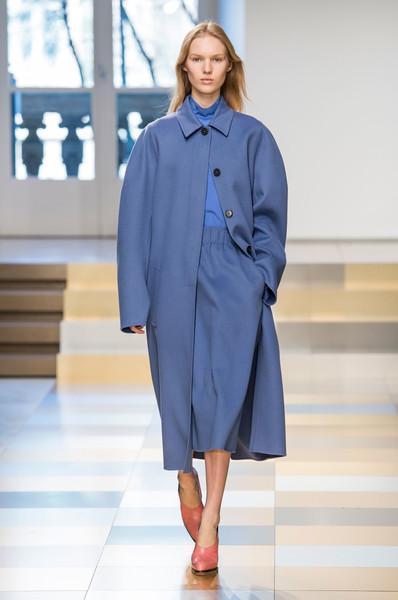 3decaf74e5 Best looks εβδομάδα μόδας στο Μιλάνο φθινόπωρο Χειμώνας 2017-2018
