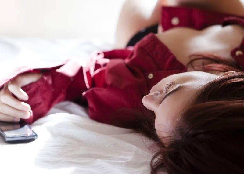 6 πράγματα που συμβαίνουν στο σώμα σου όταν δεν κάνεις καθόλου σεξ