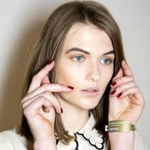 Fashion-Week-Fall-2013-Nail-Polish-Trends-at-Burberry-Prorsum