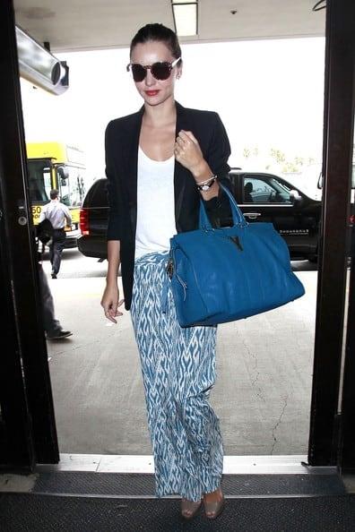 Miranda+Kerr+wearing+baggy+patterned+trousers1