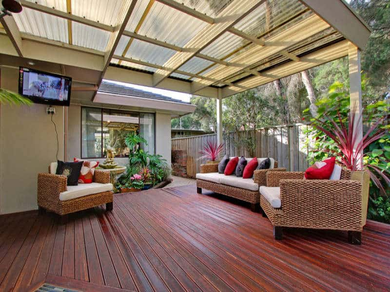outdoor+living+areas+deck