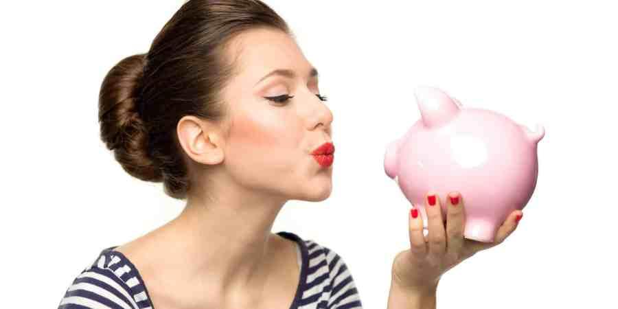 money woman business earn more