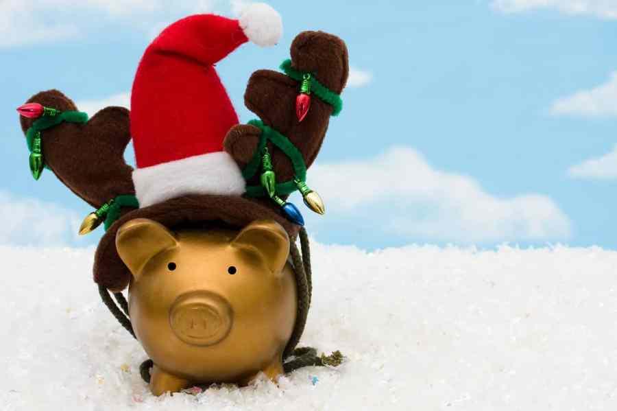 saving-money-christmas