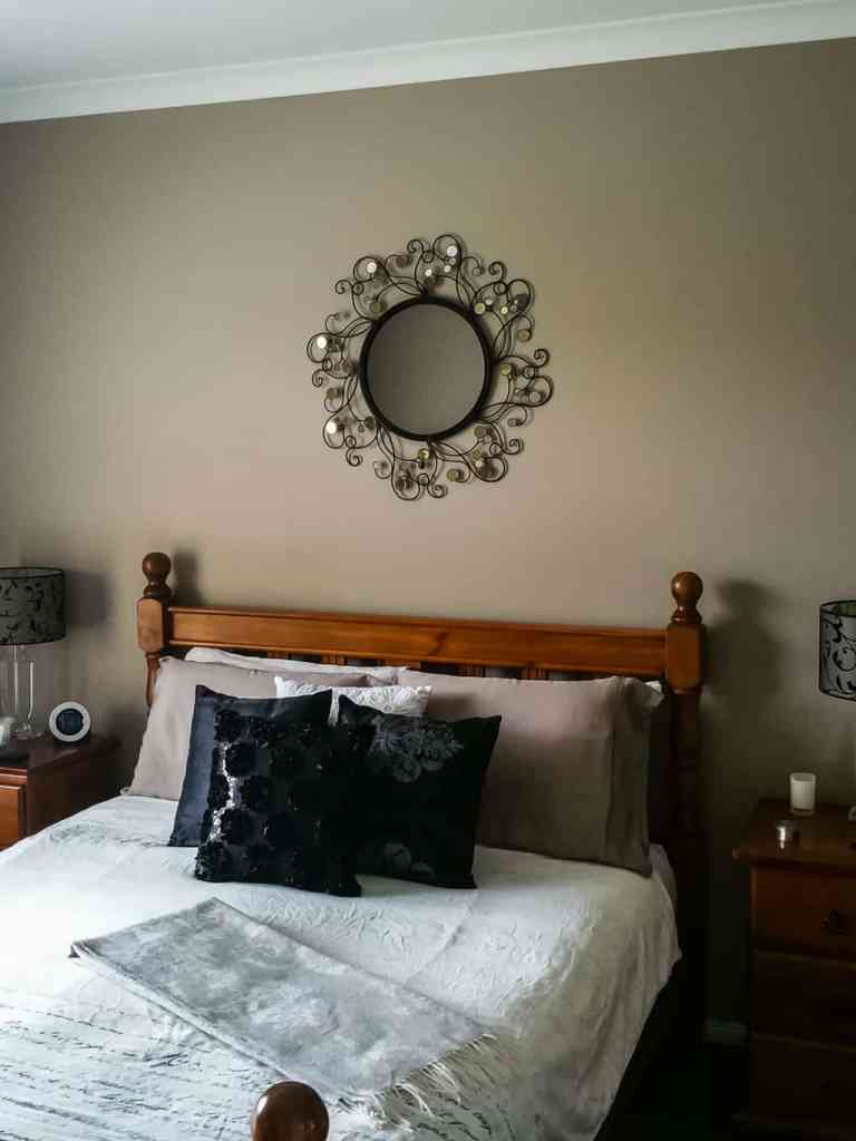 bedroom-adairs-bedding-pillowcases-cushions