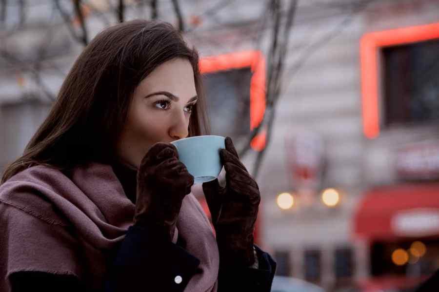 woman style skincare winter beauty