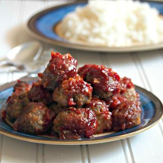 These Sweer and Tangy Meatballs are tender and tasty and are smothered with a rich and flavorful sauce.