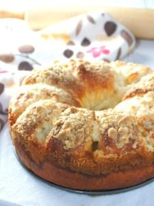 Croissant Cinnamon Roll Cake