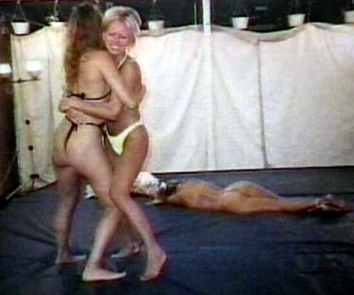 Womans World Wrestling Videos Online