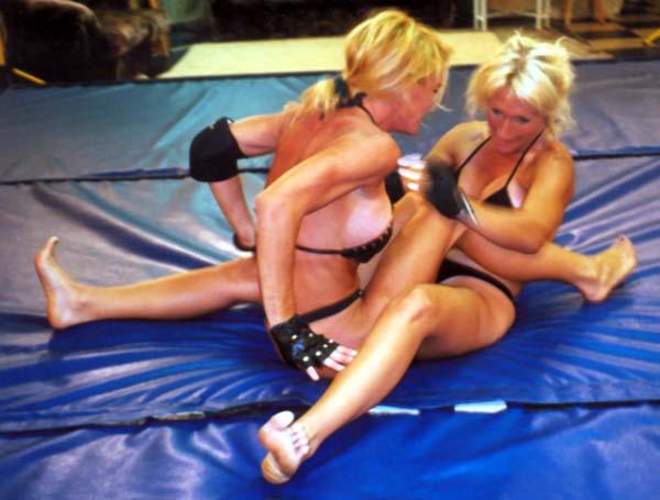 Womans World Wrestling Videos Online SLV640