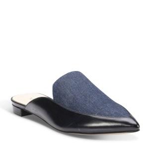 נעלים כחולות של ניין ווסט