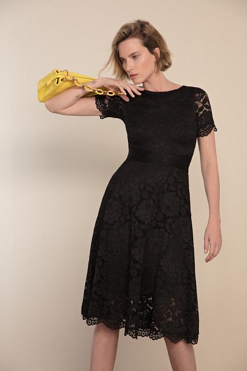 שמלת תחרה שחורה של גולברי מתאימה לאירועים