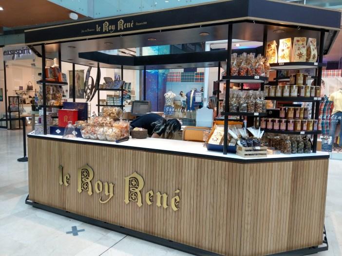 הדוכן של Le Roy Rene בישראל