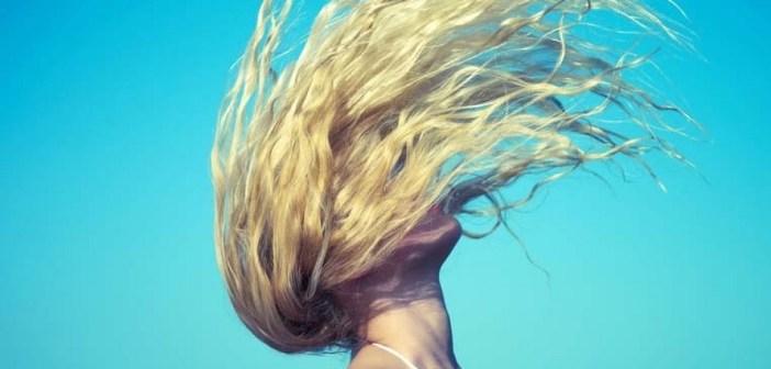 מוצרים של פול מיטשל לשיער בריא בקיץ