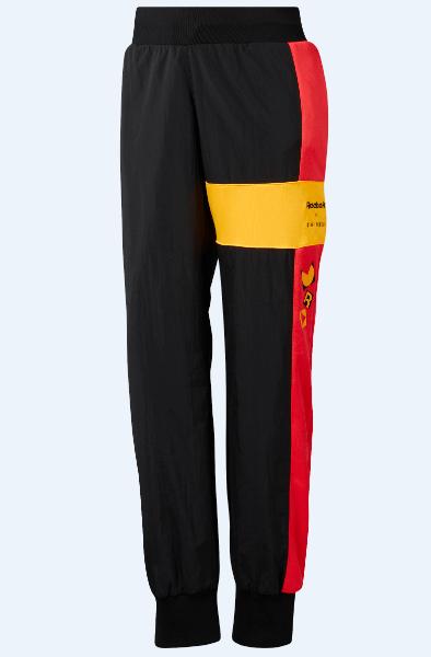 מכנסי טרנינג בעיצוב של ג'יג'י חדיד - ריבוק