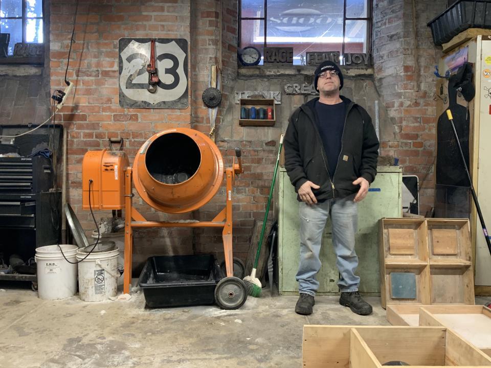 Evolution Art Studio – Non-profit art studio in Detroit Michigan