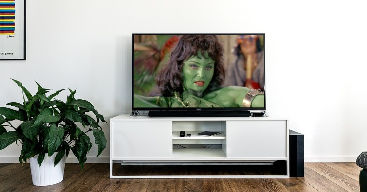 tv showing orion slave girl Vina