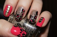13 Impressive Nail Designs With Studs