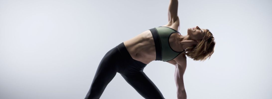 Training The Core With P90x Style Women Fitness