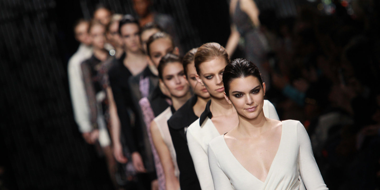 Top 10 To Cope With The Pressure Of The Fashion Week  Women Fitness