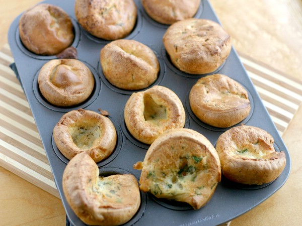 baked parsley mini-popovers