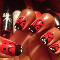 15 Trendy Gel Nail Designs for Spring - Women's Magazine ...