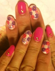 trendy gel nail design