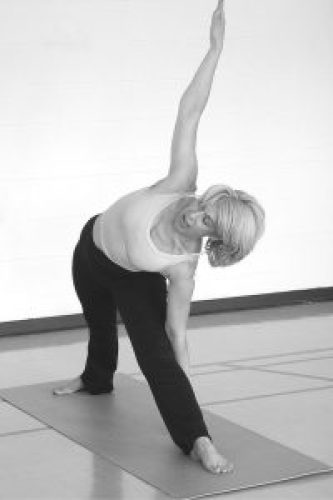 benefits of stretching in midlife