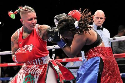 Shelly Vincent Dominates Angel Gladney at Foxwoods on Friday