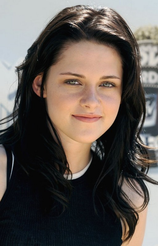Kristen Stewart With Black Hair