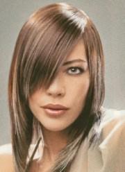 medium layered hairstyle with