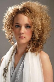 small curls hairstyle