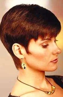 Classic Boyish Women Haircut