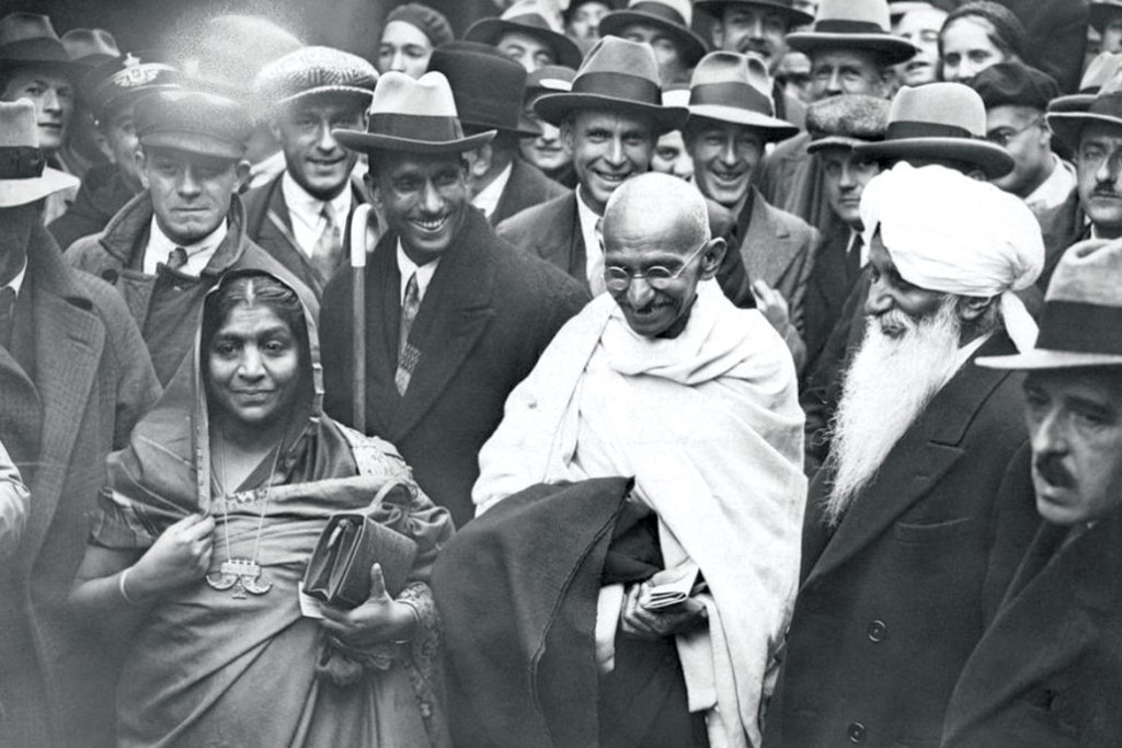 When she met Gandhiji for the first time in the year 1914 in England