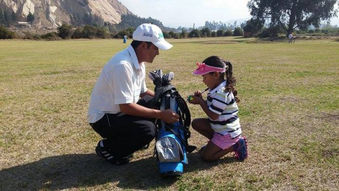 Photo of 5 year old colombian Sarita Diaz and her dad