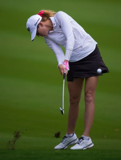 how to take the perfect divot Paula Creamer