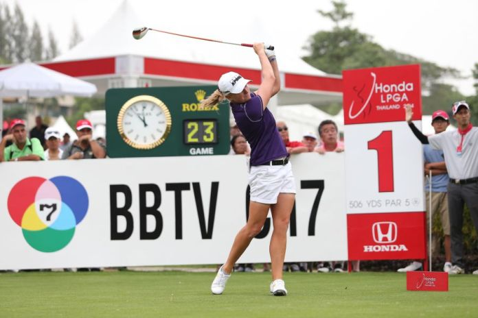 Stacy Lewis is great example of a player with a good counter balanced posture