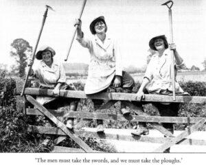 World War One Land Girls at gate. Source: IWM Q30678