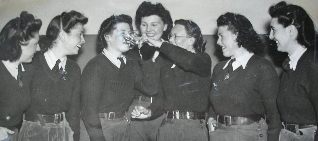 Land-girls-at-Potton-hostel-celebrate-success-in-an-inter-hostel-competition-in-1943