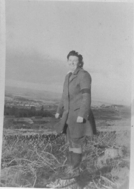 Gwyneth Mary Edwards in WTC Llanberis c1943